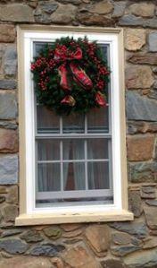I spy some holiday decorations!