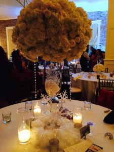 Beautiful table centerpieces.